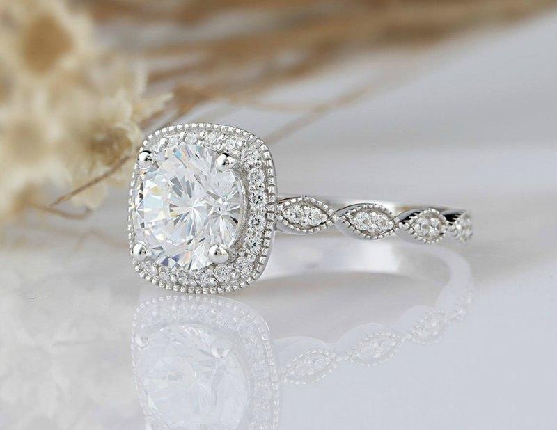 moissanite-engagement-ring
