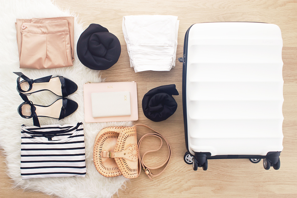 how to take care of clothes when travelling