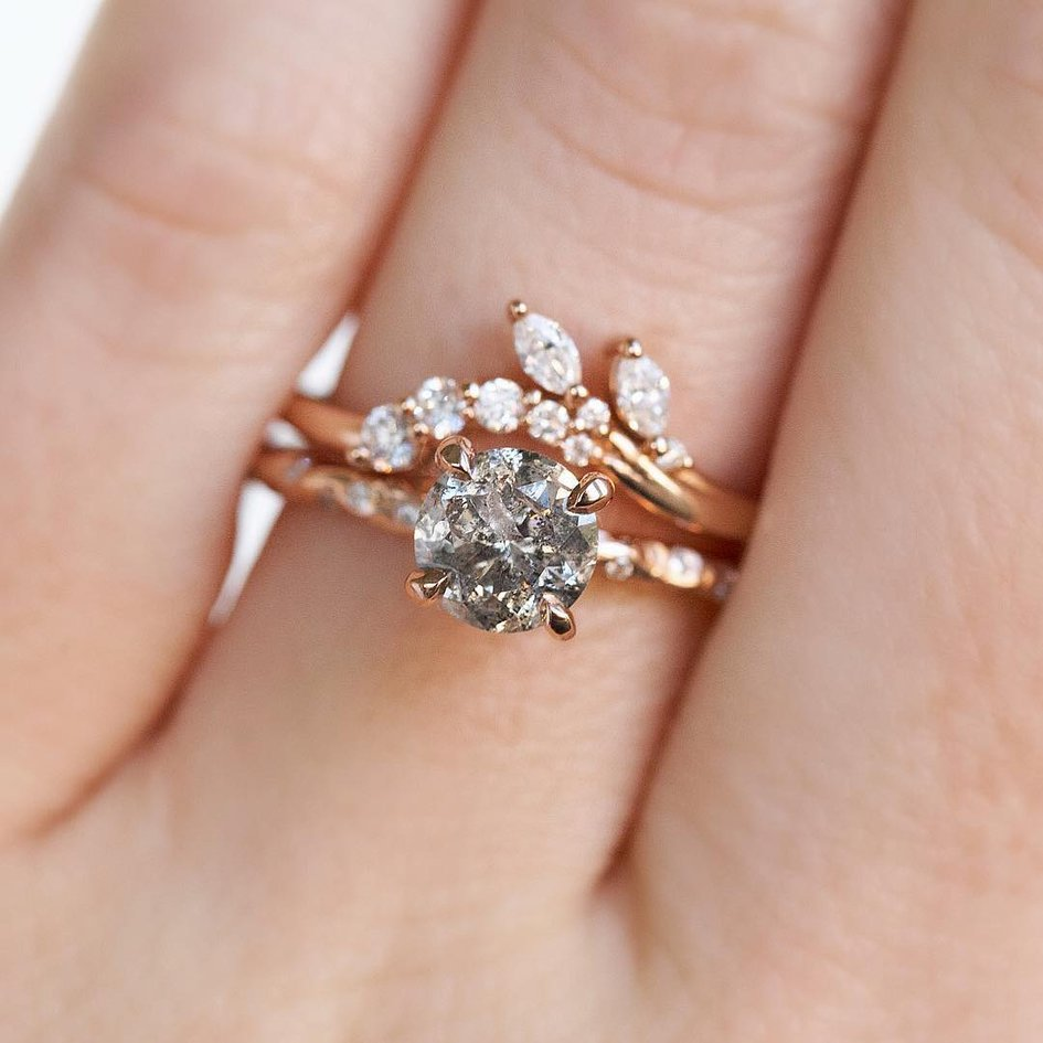UNIQUE WEDDING AND ENGAGEMENT RINGS INSPIRATION
