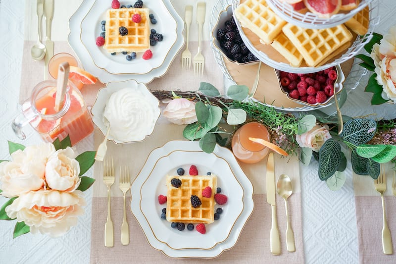 how to host the best brunch