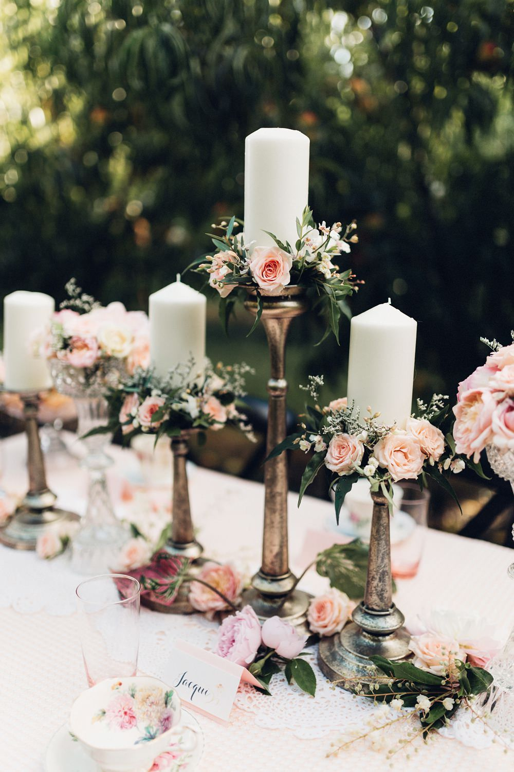 most popular flowers for weddings ro