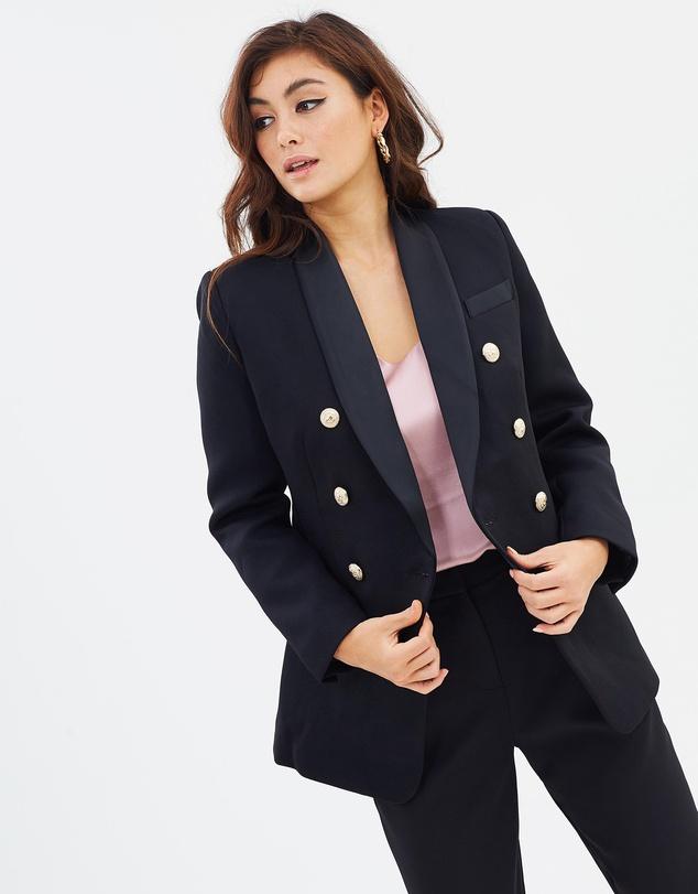 capsule wardrobe australia blazer
