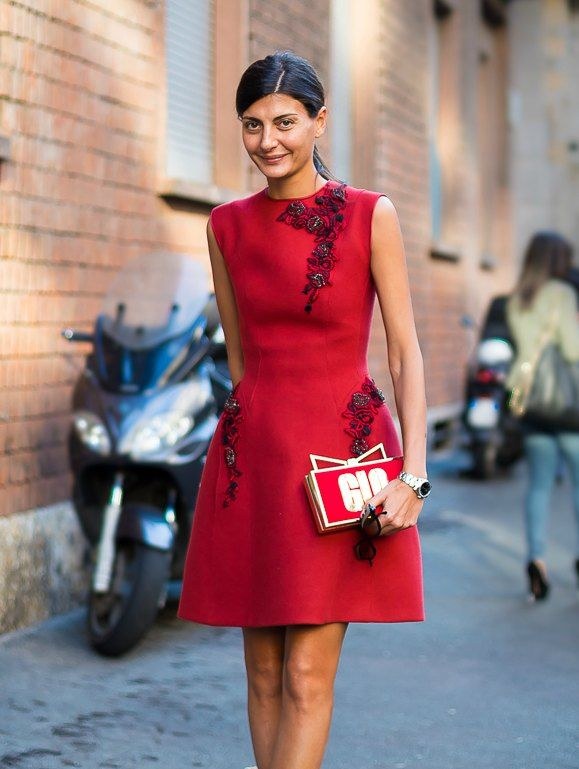 Kitsch Clutch Milan Street Style Giovanna-Battaglia