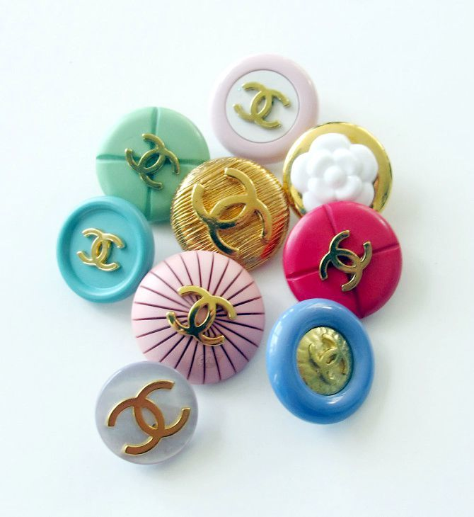 how to shop your wardrobe - chanel buttons