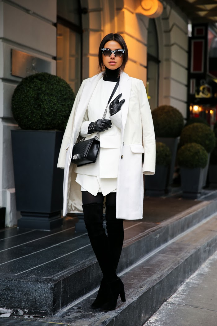 winter outfit ideas leather gloves
