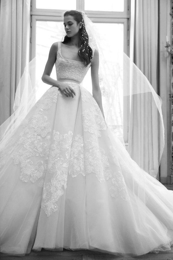 bridal fashion week gowns 019-Elie-Saab-Vogue-spring-Bridal-2019-pr