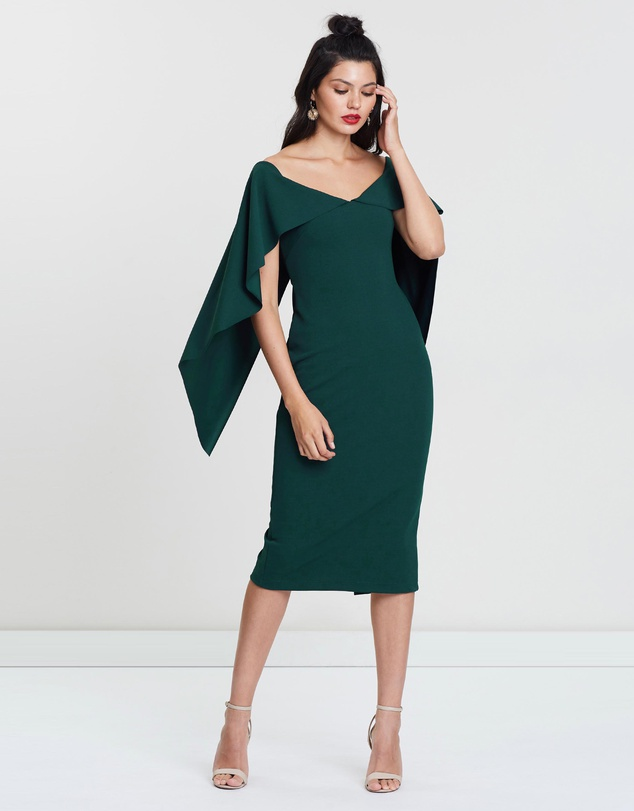what to wear to a summer wedding bold emerald
