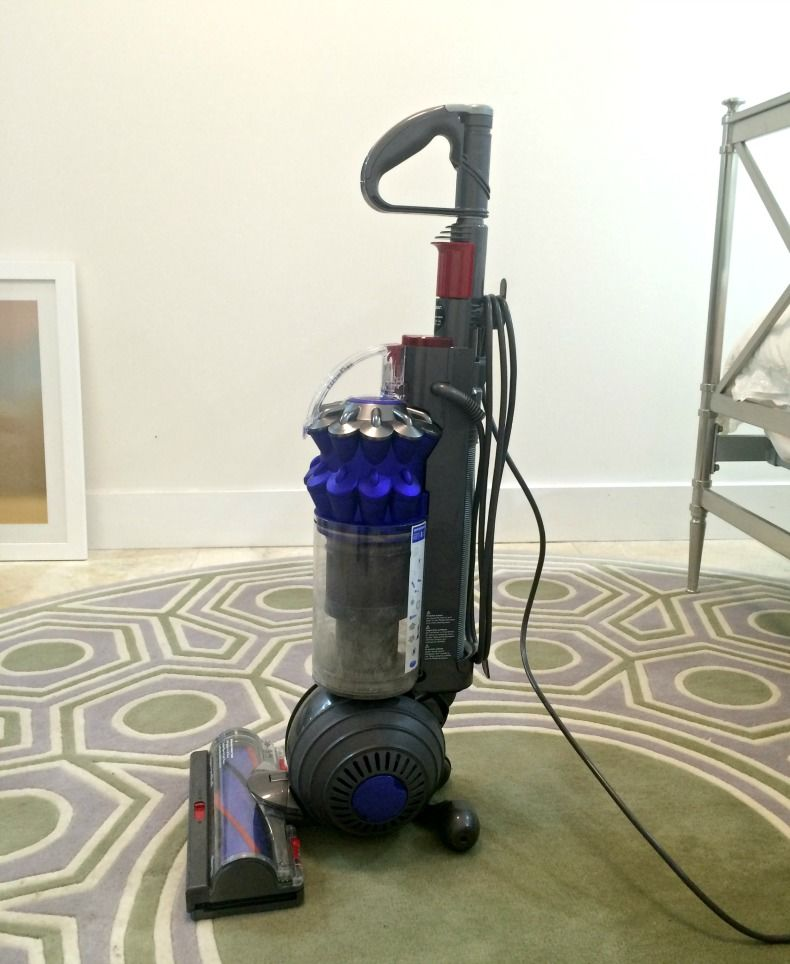 dyson-review-bedroom