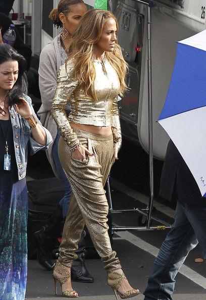 Jennifer+Lopez+American+Idol+Judges+Getting+-_fQmEZnU57l
