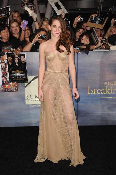 Kristen+Stewart+Premiere+Summit+Entertainment+WVbR7pP7Tsvl (1)