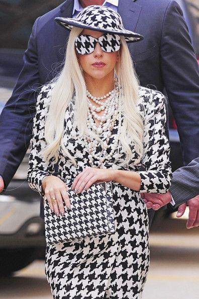 Lady+Gaga+Lady+Gaga+Arrives+View+OA6j7LmChpWl