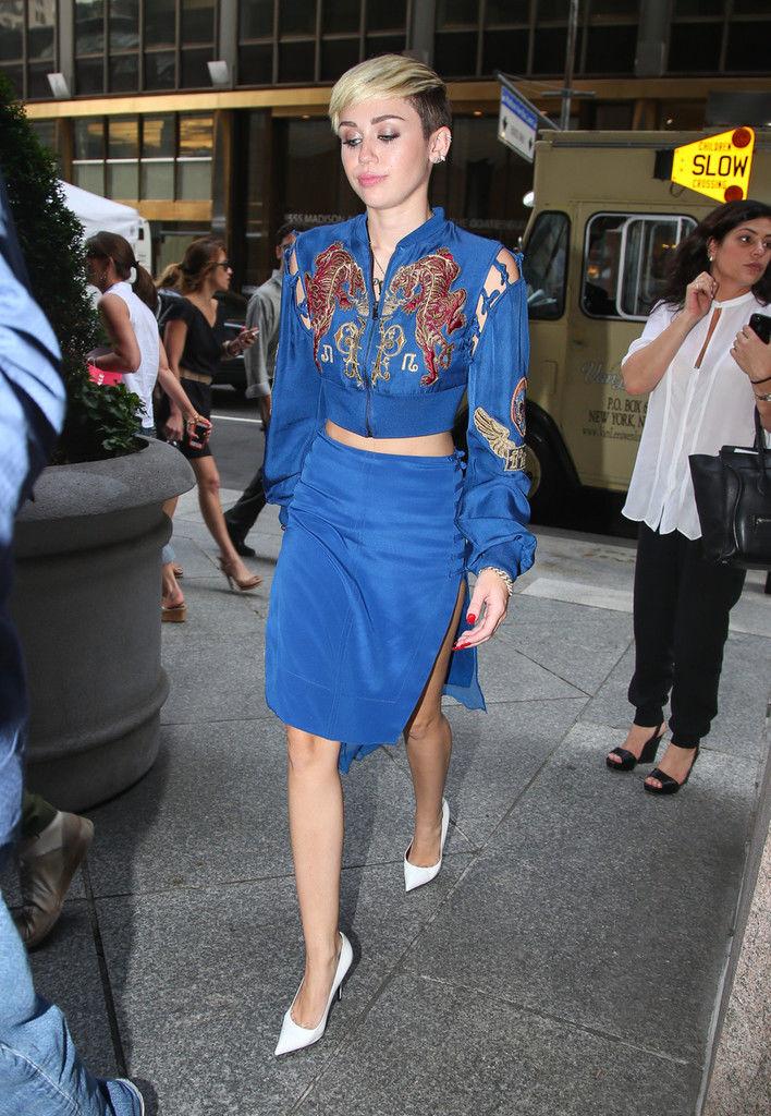 Miley+Cyrus+Miley+Cyrus+Gets+Work+New+York+fqcQg46Mo4Ox