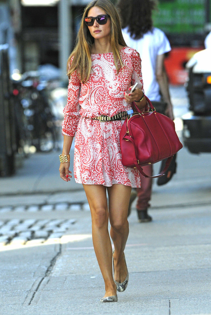 Olivia+Palermo+steps+out+pink+paisley+patterned+16jh8Oiif7Ex