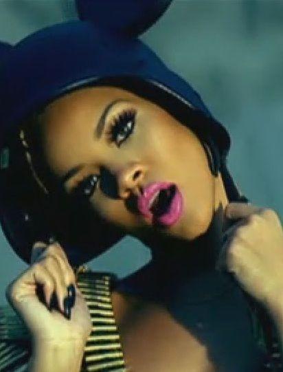 Rihanna Bold Lip