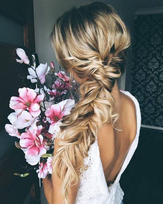 bridal hair trends side braids