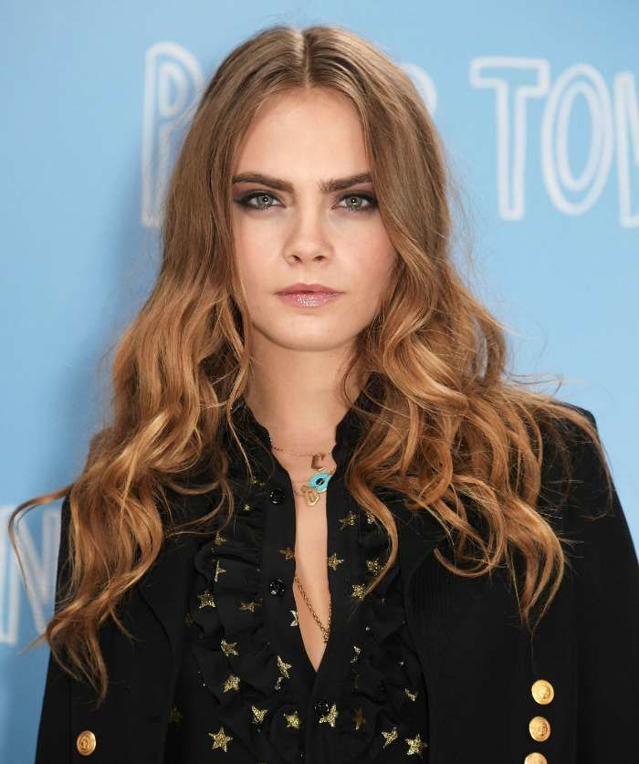 Cara Delevingne shows off her bronde on her recent Paper Crowns tour. Image: www.cosmopolitan.com