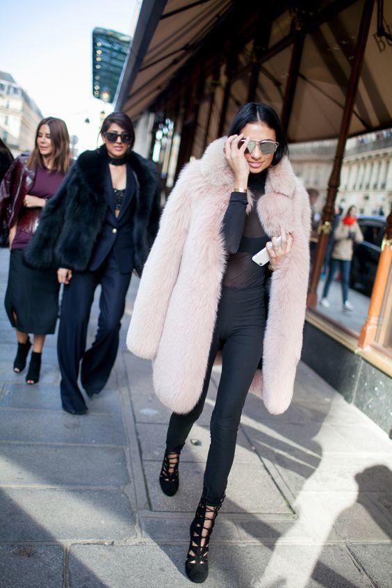 fashion ideas for wearing faux fur in winter street style