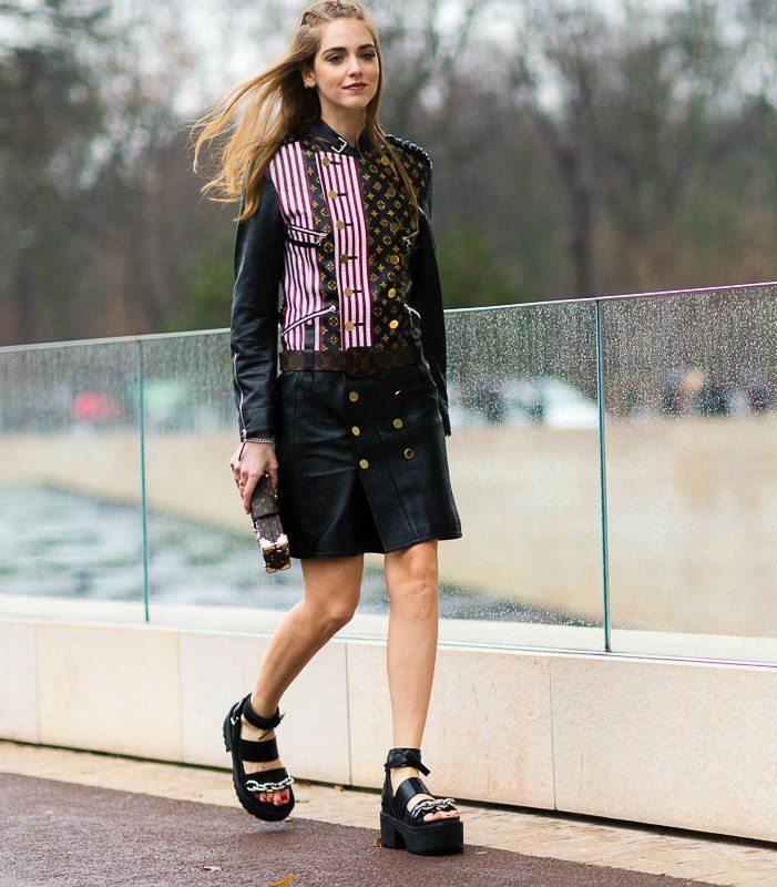 how to wear the edgy look chiara ferragni