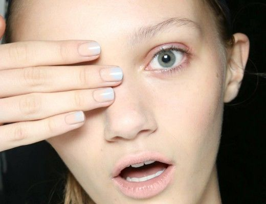 negative nail space trend