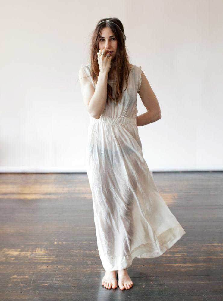 Zosia Mamet Wedding.The Bride Bible Zosia Mamet For Stone Fox Bride Classy Outfit
