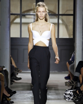 Paris Fashion Week: Balenciaga Spring 2013 RTW